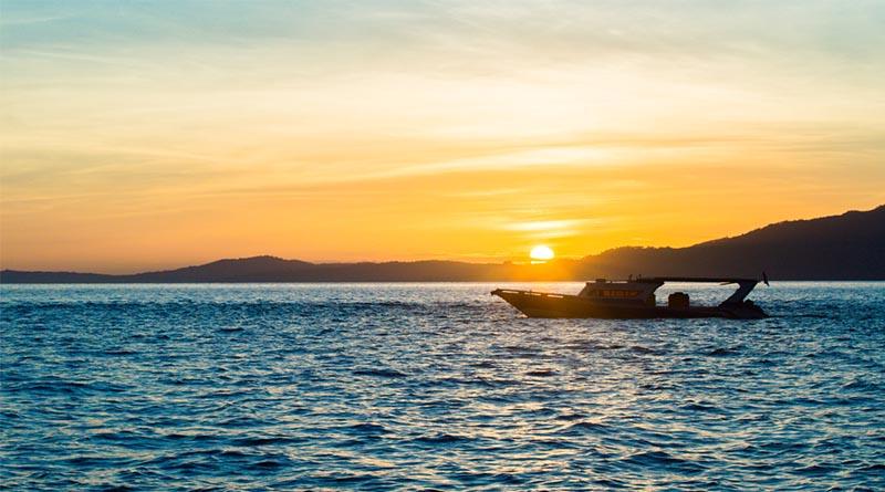featured sunrise bunaken