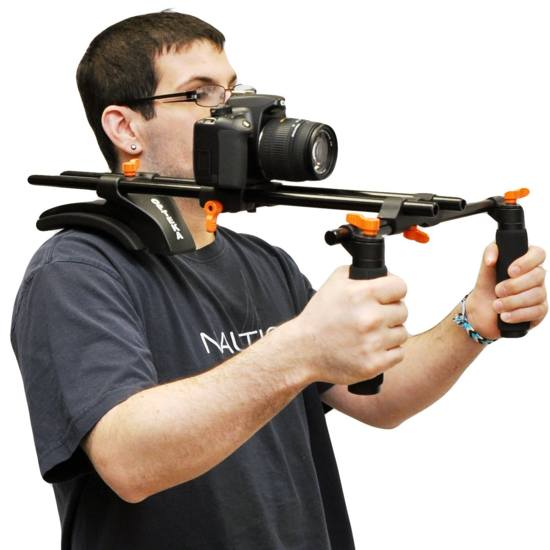 12 Peralatan Tambahan Untuk Merekam Video Dengan DSLR Secara Profesional